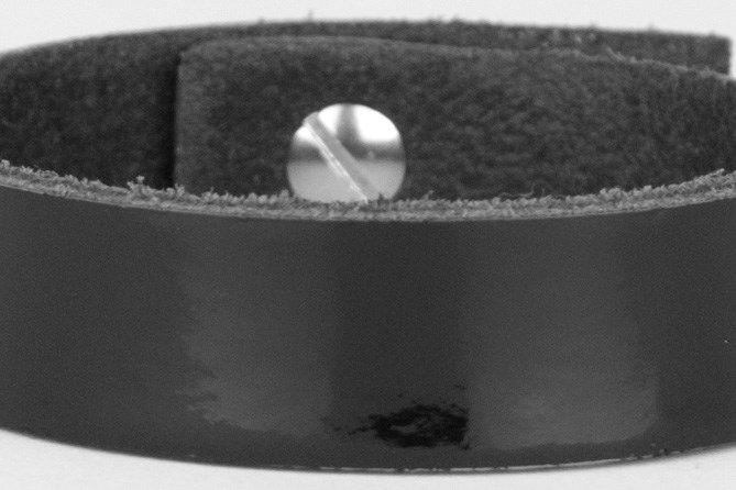 #armband #lakleer #zwart http://www.ganza.nl/sieraden/leren-armbanden/product/346-armband-leder-zwart-lakleer-basic-22-cm
