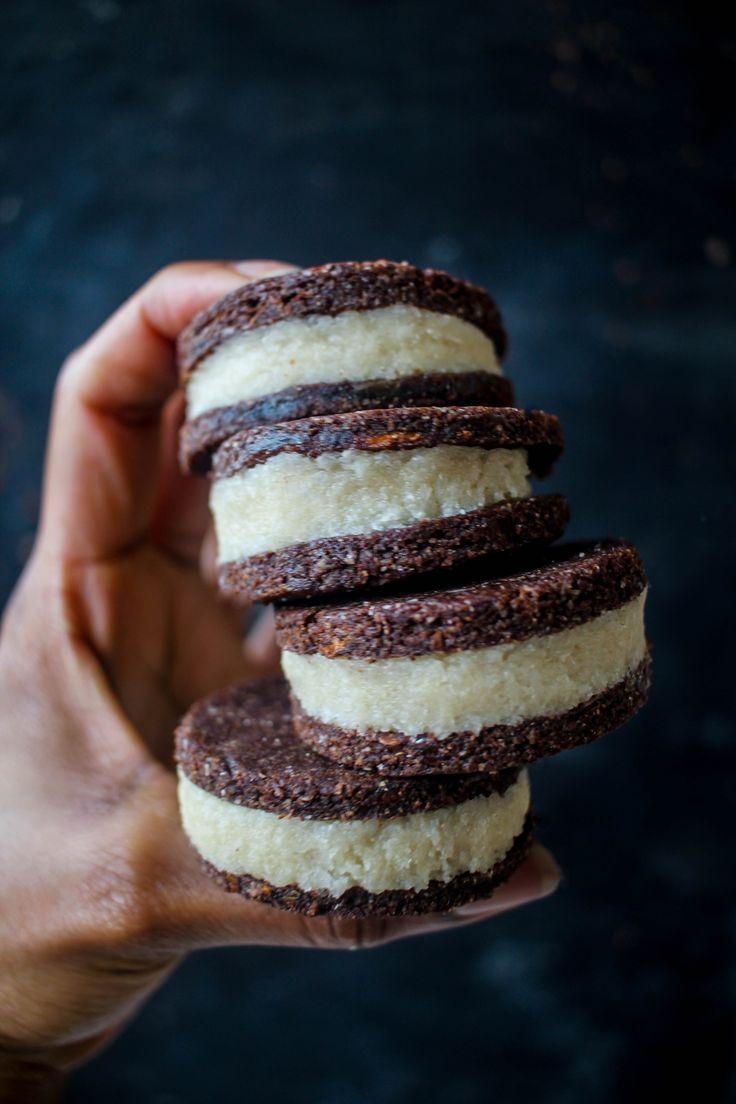 double-stuffed raw vegan oreos  #kombuchaguru #rawfood Also check out: http://kombuchaguru.com