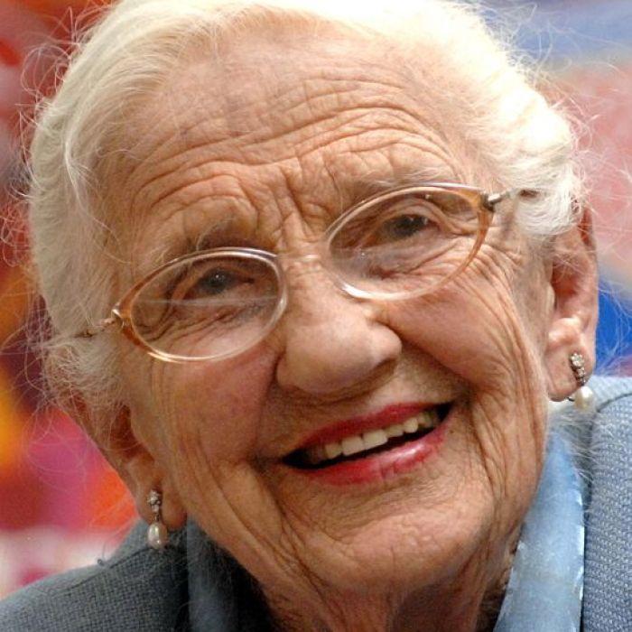 Dame Elisabeth Murdoch dead at 103