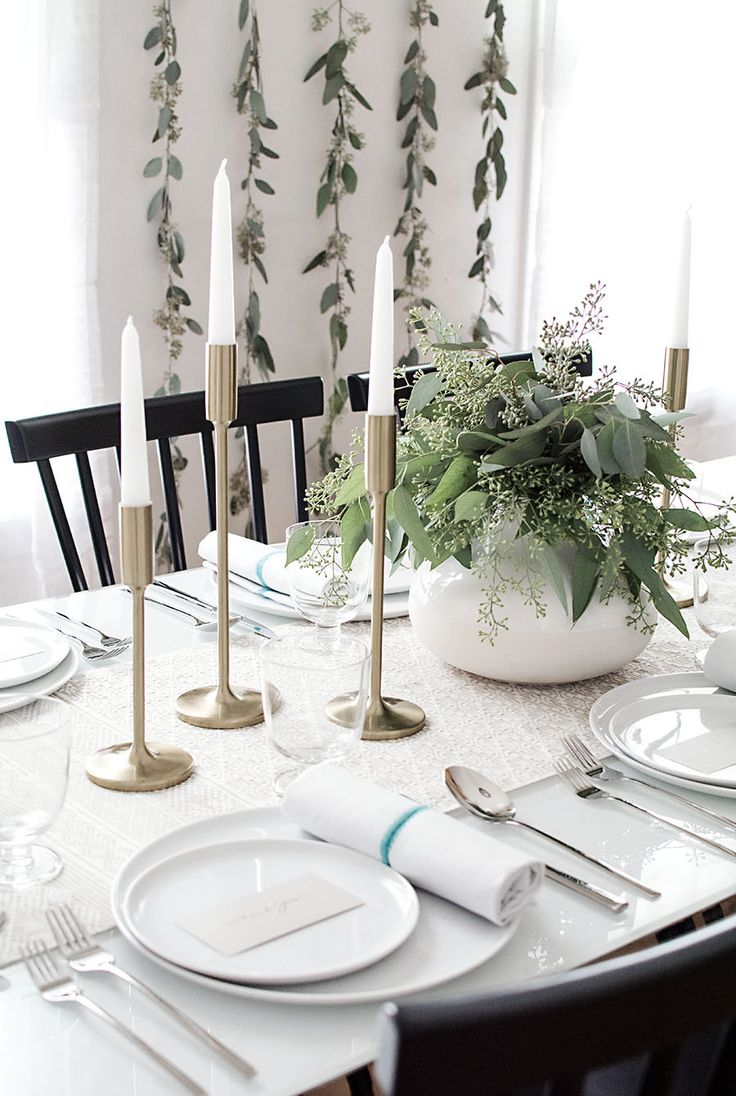 Minimalist inspired holiday table.