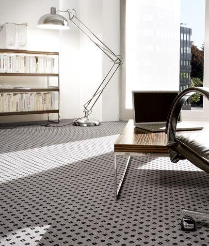 Moderní šedý koberec Infloor, Boca Praha / Modern grey carpet, Boca Praha http://www.bocapraha.cz/cs/produkt/458/caravelle-01/