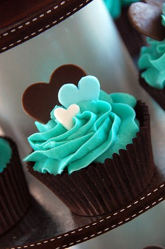 Heart Cupcakes - white frosting, colored hearts