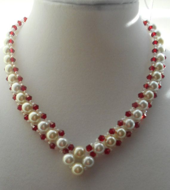 Pearl necklace with red crystals