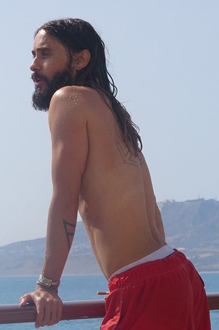 shirtlessmalecelebs:  Jared Leto