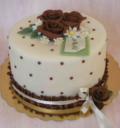 Birthday Cakes Flowers For Women Brown Color