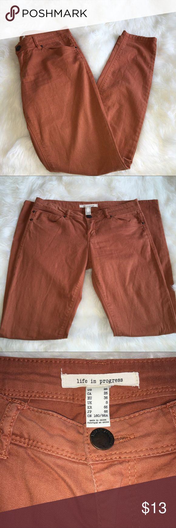 Life in progress burnt orange skinny jeans size26 Size 26, burnt orange skinny jeans by life in progress. Has stain on one leg. See pics provided. life in progress Jeans Skinny