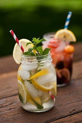 CHERRY LEMON CHILLER  Ingredients:  -3/4 cup raw organic sugar  -1 cup filtered water  -1 cup fresh organic cherries  -1 cup organic lemon juice (freshly squeezed)  -3-4 cups water to dilute, cold.  Fresh organic mint to serve