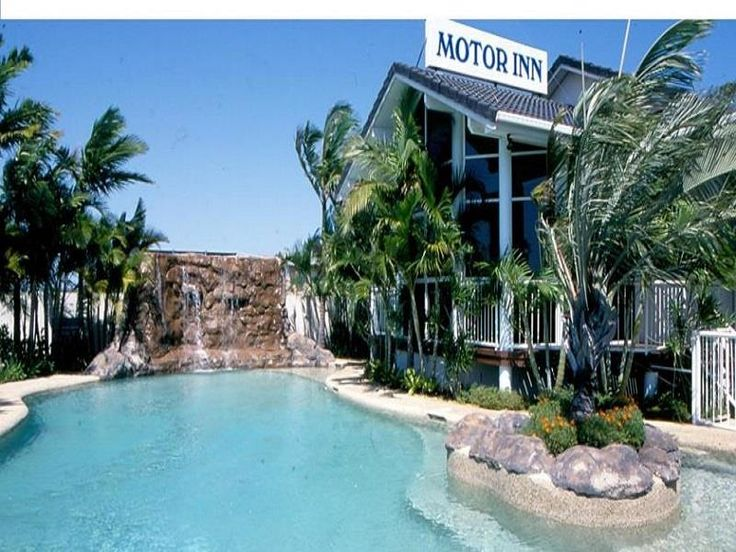 Gold Coast Runaway Bay Motor Inn Australia, Pacific Ocean and Australia The 3-star Runaway Bay Motor Inn offers comfort and convenience whether you're on business or holiday in Gold Coast. Both business travelers and tourists can enjoy the hotel's facilities and services. To be found at the hotel are daily housekeeping, fax machine, laundromat, photocopying, express check-in/check-out. Designed for comfort, selected guestrooms offer television LCD/plasma screen, whirlpool bath...