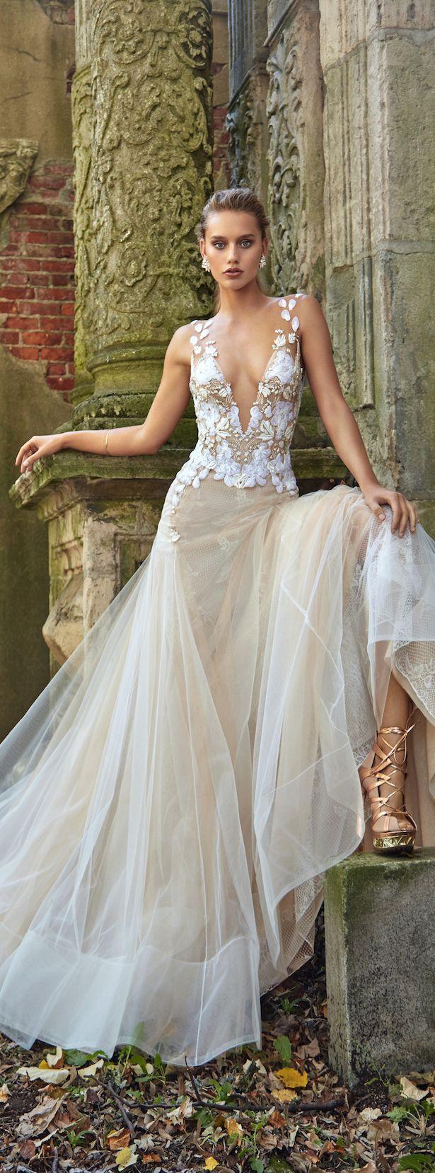 La sposa pandora wedding dress   best  Bridal Wear And Wedding  images on Pinterest