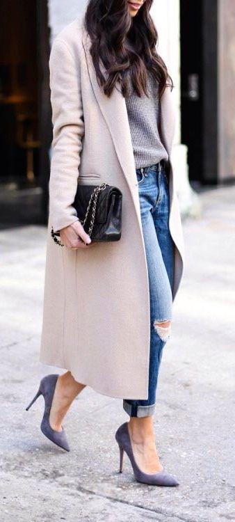Long open front coat + suede heels.