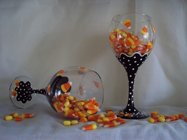Candy corn is painted on these, but I would love just the black and white dots.