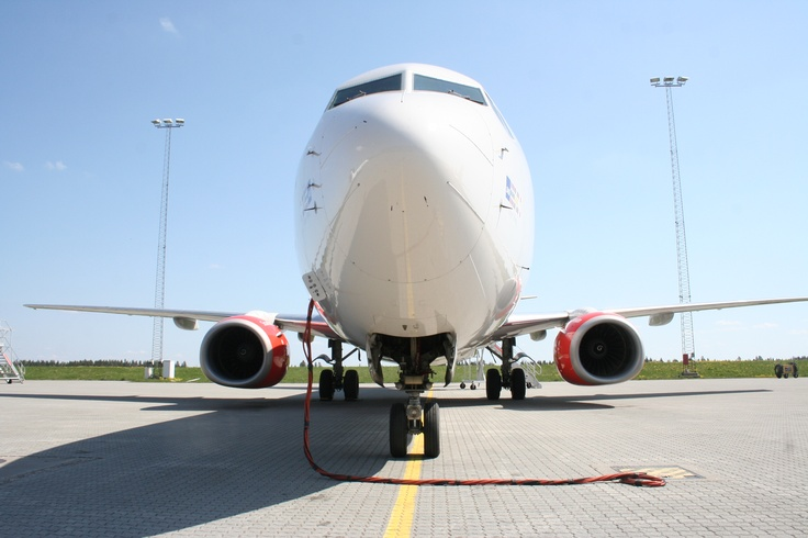 Up-close and personal with SAS Boeing 737-800 Lodyn Viking