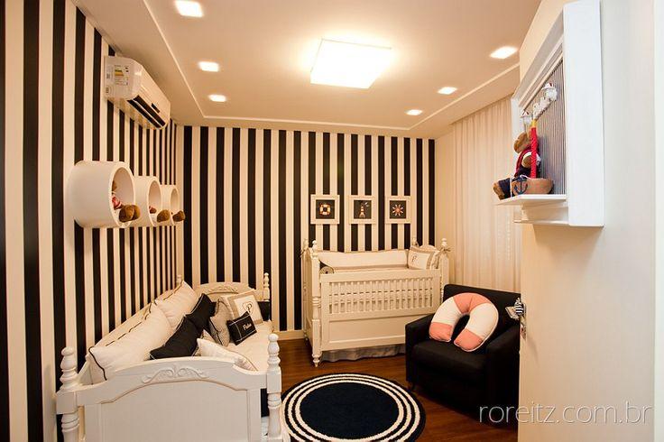 Quarto de bebê branco, bege e preto  Quarto de bebê  Pinterest  Quarto de