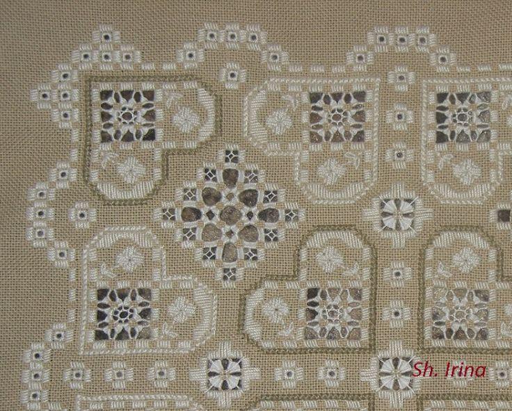 Gallery.ru / Фото #13 - Подушка из книги Fine Hardanger Embroidery - sh-irina