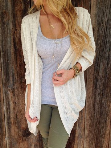 This cardigan looks super comfortable. It looks like something you can just thrown on over practically anything.