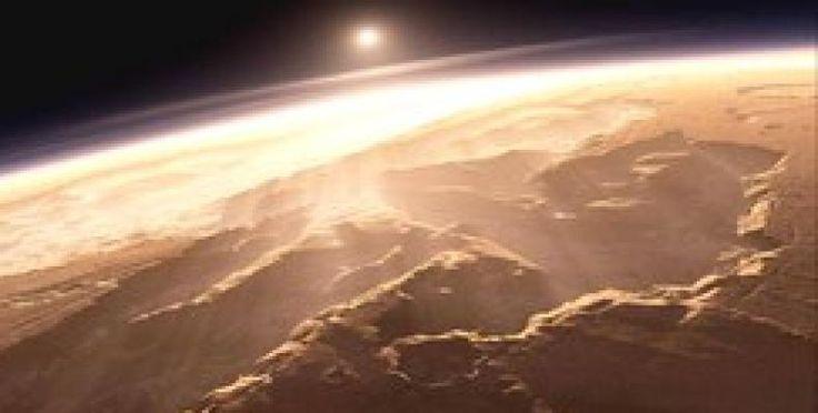 Descubren en Marte zona montañosa del tamaño de América del Norte - Radio Habana Cuba