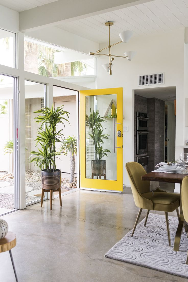 west elm just took over a house in Palm Springs. And you can rent It. - Front + Main