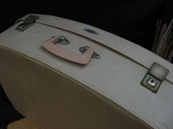 SALE SALE Foxcroft Luggage suitcase by Antler. Made in England. Caramel/creme with pink inside. Incl. key! on Etsy, Sold