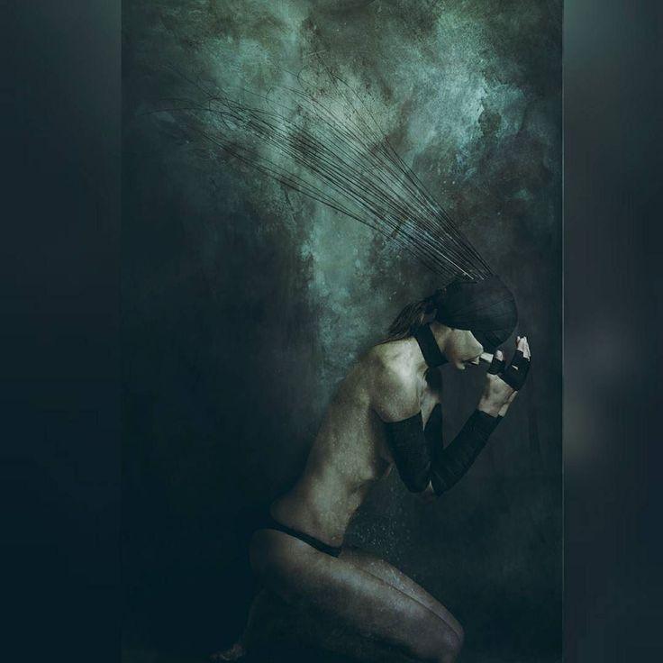 """For @maroon5 @thegraphicspr0ject Challenge """"Songs about Jane  #thegraphicspr0yect #maroon5 #music #SongsAboutJane  #p1_hardertobreathe  No hay manera de que podamos ceder Y como una niña llora en el rostro de el monstruo Que vive en sus sueños Hay alguien allí? por que se hace más difícil Y más difícil respirar Hay alguien allí? por que se hace más difícil Y más difícil respirar . She:Nati Piro"""