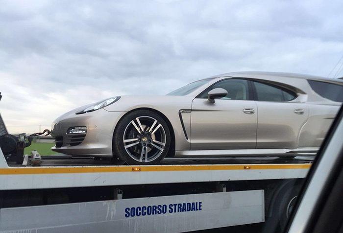 Роскошный Porsche Panamera превратили в катафалк