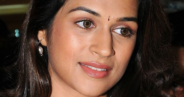 Tags: Shraddha Das closeup stillsshraddha das cute girlShraddha das oily faceShradha das without makeupShraddha Das Tollywood Bollywood Hollywood Kollywood actress Kannada Malayalam Shraddha Das Images Photos Stills Pics Gallery Events Female Actor Shraddha Das Wallpapers Photoshoot at movie teaser launch Unseen Stills Navel Show Photos In Green Saree Shraddha Das Hip Show Navel Pictures Shraddha Das images In Green Designer Saree Armpits Show In Green Traditional Saree High Quality with no…