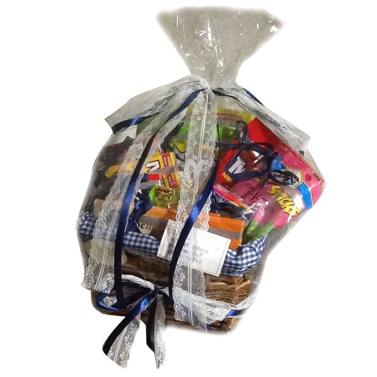 American Nosher's Dream basket, $62 with delivery. Available from www.rddbaskets.com