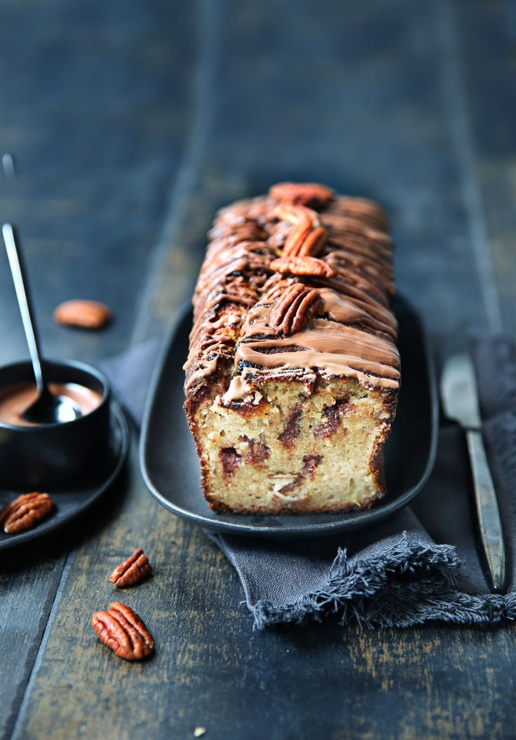 Cake à la banane, chocolat au lait et noix de pecan | Steph à Table