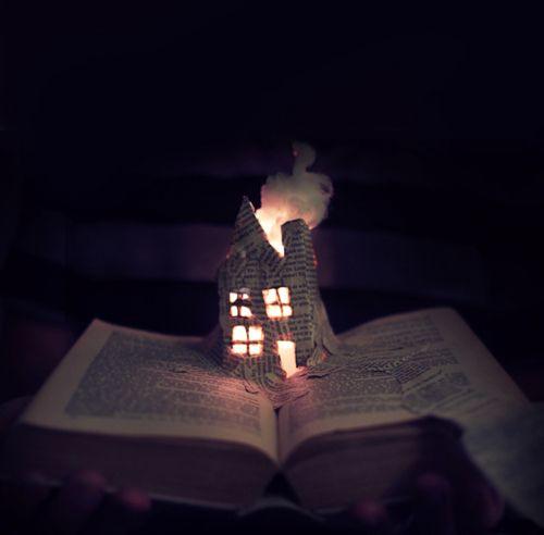 FierySketchbooks Inspiration, Beautiful Photos, Book Art, Bookart, Bookinspir Fun, Paper Sculpture, Book House, Fantasy House, Fantasy Libraries