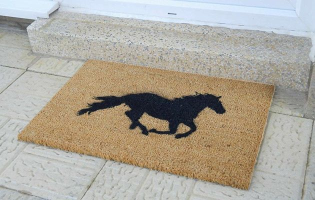 Best Horsey Interior Decor Items For Your Home Decorative Items