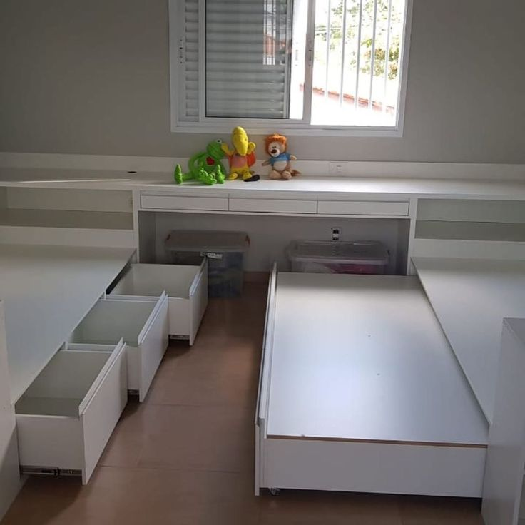 Lindo dormitório infantil com cama auxiliar, bancada e gavetões para brinquedos …  – Calltend.com