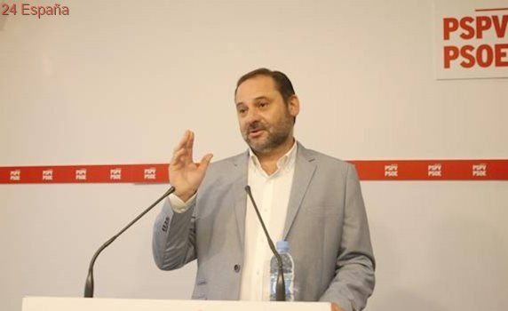 El PSOE inicia el trámite para reprobar a Montoro en el Congreso de los Diputados