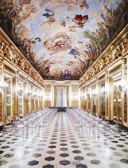 Candida Hofer's large-scale photographic images of Naples and Florence