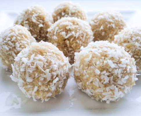 Recipe Raw Lemon Bliss Balls by ThermieNoms - Recipe of category Desserts & sweets