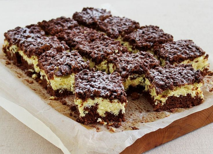 Fantasztikus reszelt túrós süti pillekönnyű töltelékkel