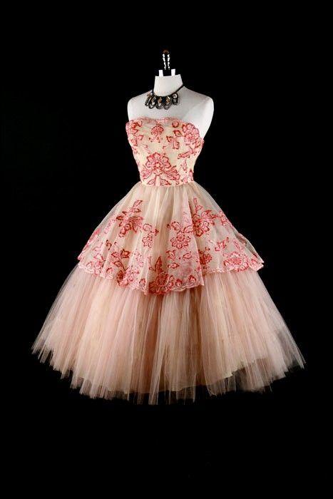 Vintage 1950s Dress Pink Tulle Wedding Prom XS/S (Mode Haute-Couture + Tout en rose)