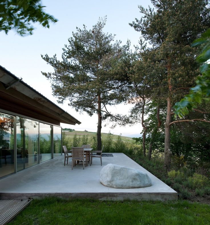 Extension and transformation of a house in Geneva / LRS Architectes