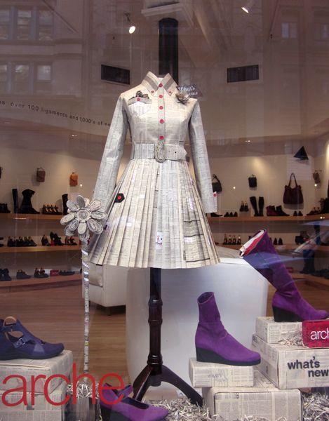 Google Image Result for http://shihoscraftcafe.files.wordpress.com/2010/11/newspaper-dress1.jpg