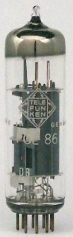 BSS elektronika - PCL86 elektroncsöves erősítő