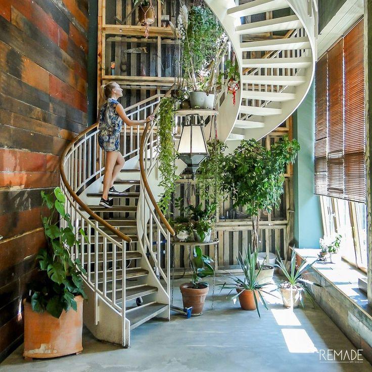 HOTSPOT BERLIN House of Small Wonder with an urban jungle interior! Love it! #botanisch #interieur #berlijn