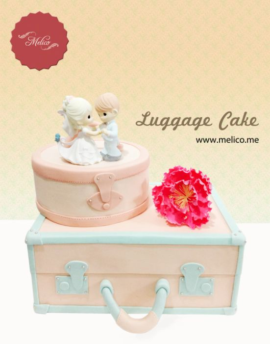 3D Cake - Luggage Cake / Suitcase Cake. #3dcake #cake #ediblecake #sculptedcake #noveltycake #birthdaycake #weddingcake #sugarart -- Like and Follow us #melicobali (Instagram) || www.melico.me