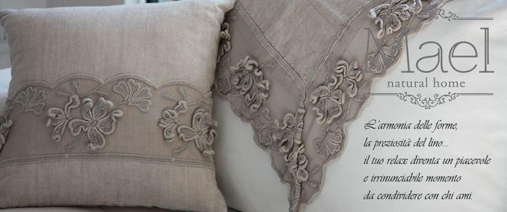 Precious linen fabrics, fully handmade in Italy