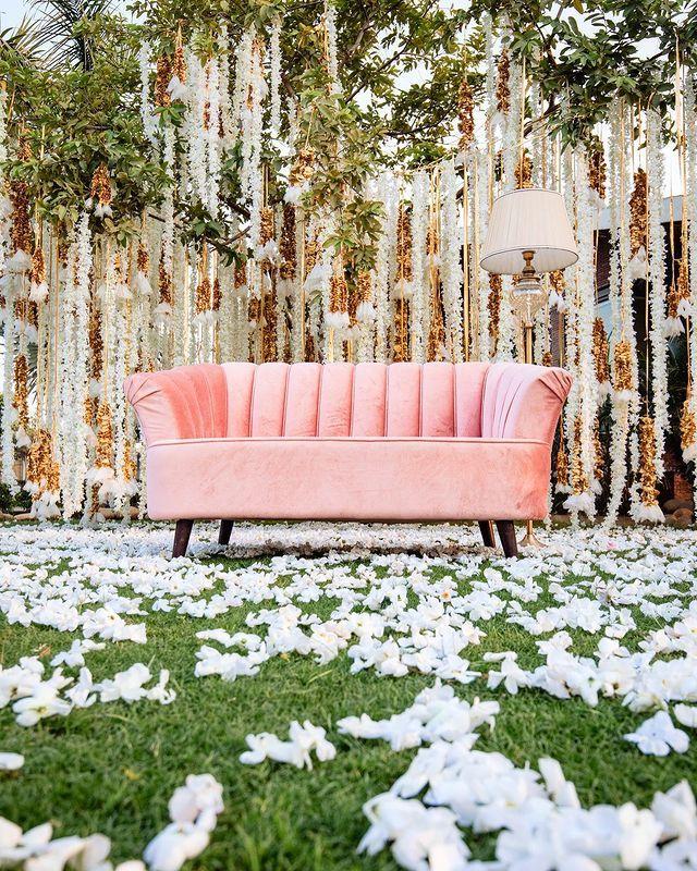 Wedding Decor Ideas For Upcoming Wedding Season To Make Your Moment More Auspicious Weddingplz In 2020 Wedding Decorations Upcoming Wedding Wedding Season