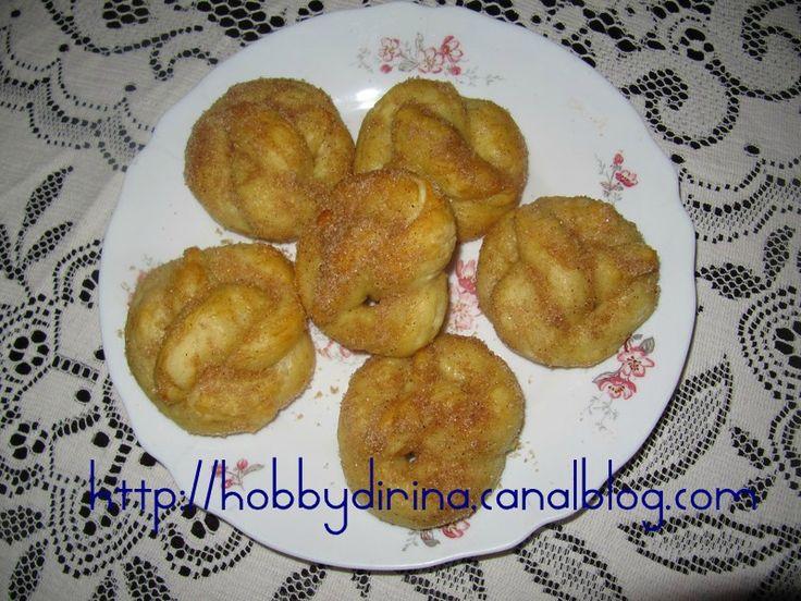 Pretzels moëlleux, sucre et cannelle / Мягкие претцели с сахаром и корицей