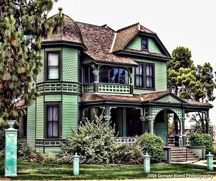 Victorian home in bakersfield california kern county for Lamplight tours bakersfield