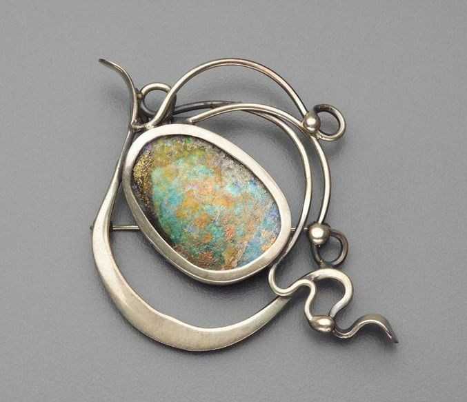 Brooch |  Elsa Freund, about 1950 - 1970.  Silver and enamel