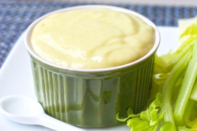 La receta de Salsa de Limón es ideal para acompañar carnes y pescados, también funciona de manera formidable como aderezo para ensaladas... Prepárala!