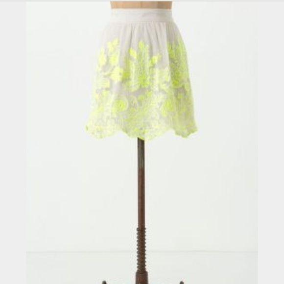 Anthropolgie Vanessa Virginia neon skirt More pics tonight ... Great preowned condition. Anthropologie Skirts