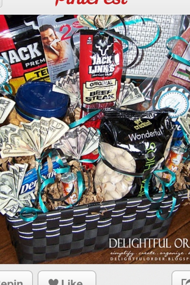 1000 Ideas About Men Gift Baskets On Pinterest Gift