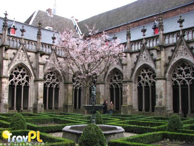 Kloostertuin in Utrecht