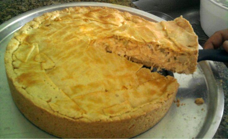 Receita de Torta de frango com massa podre. Enviada por Andres Tadeu e demora apenas 40 minutos.